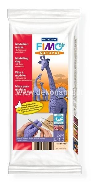 Modelinas kambario temperatūroje kietėjantis. Jis yra pagamintas iš 95% natūralių medžiagų ir celiuliozės pluoštų. Kai sukietėja, FIMOair natural yra labai atsparus smūgiams, todėl idealiai tinka lėlių gamybai.
