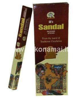 <p>Smilkalai Sandalmedžio</p><p>Pakuotėje yra 20vnt smilkalų lazdelių. </p><p>Degimo laikas apie 30 minučių.</p><p><br />Kilmės šalis: Indija</p>